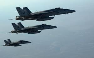 Δώδεκα επιδρομές σε Ιράκ-Συρία από τους συμμάχους