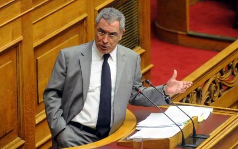 Β. Καπερνάρος: Καμία συνεργασία με κόμμα της παρούσας Βουλής