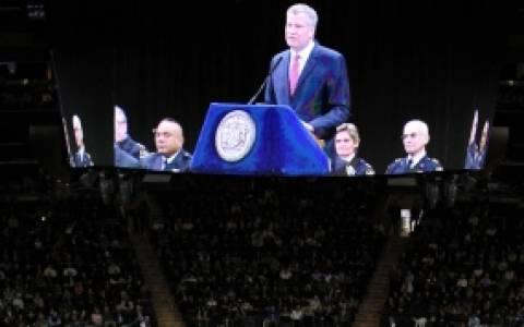 Ν.Υόρκη: Γιουχαΐσματα αλλά και επευφημίες στον Δήμαρχο