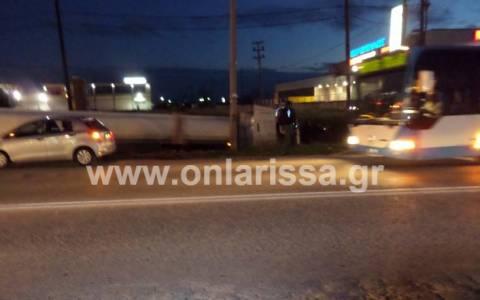 Λάρισα: Οδηγός βυτιοφόρου έχασε τη ζωή του στο τιμόνι