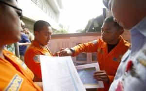 AirAsia: Σόναρ κατέγραψε το αεροπλάνο στα βάθη της θάλασσας