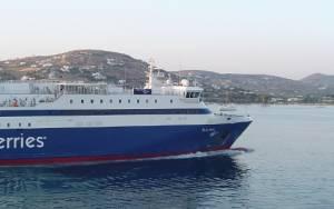 Καιρός: Δεμένα τα πλοία σε Πειραιά, Λαύριο, Ραφήνα
