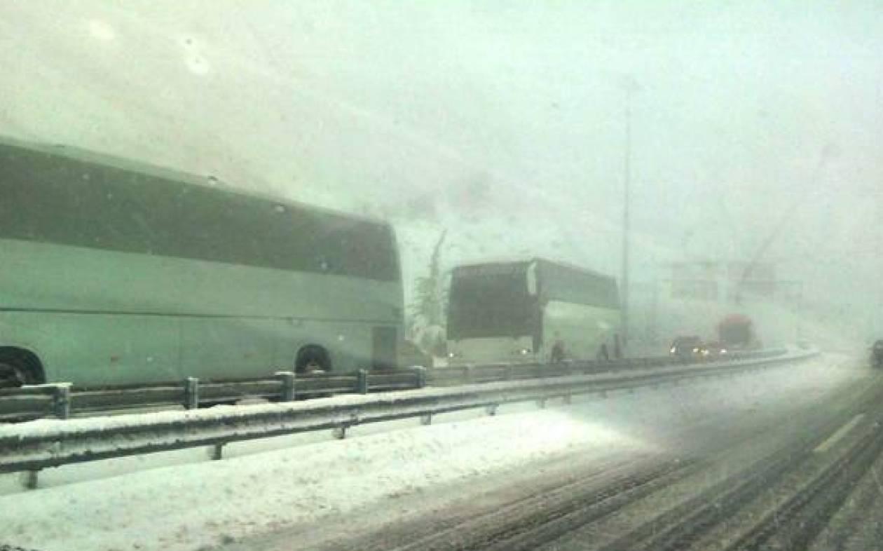 Power and traffic gradually restored after heavy snowfall