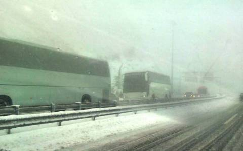 Power and traffic gradually restored after heavy snowfall