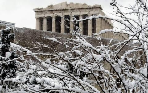 Καιρός: Έρχεται νέος χιονιάς - Στα λευκά και η Αθήνα