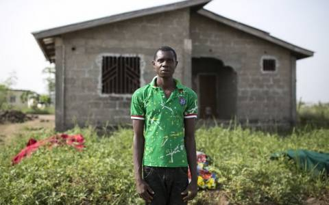Εφαρμογή για κινητά οι εμπειρίες των ασθενών που επέζησαν από τον Έμπολα