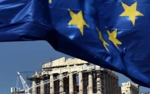 Η Ελλάδα, το ευρώ και η πιθανότητα Grexit στο επίκεντρο του διεθνούς Τύπου