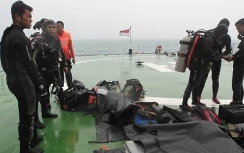 AirAsia: Ελπίζουν στη βελτίωση του καιρού για να συνεχίσουν τις έρευνες