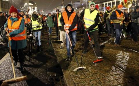 Γερμανία: Αντιδιαδηλώσεις κατά της ξενοφοβίας του Pegida