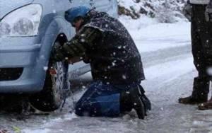 ΤΩΡΑ: Σφοδρή χιονόπτωση στο Καπανδρίτι