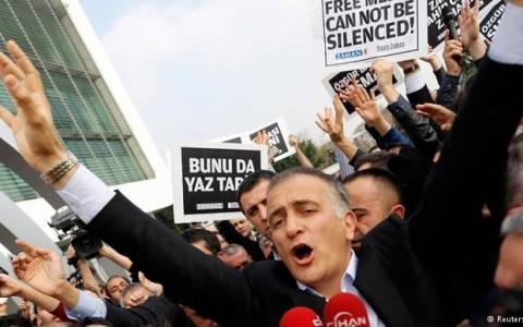 Πιέσεις και επιθέσεις για τους δημοσιογράφους στη Βοσνία-Ερζεγοβίνη