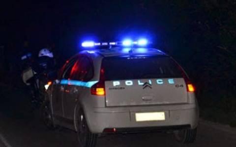 Προσαγωγές μετά από επίθεση στα γραφεία της Χρυσής Αυγής στο σταθμό Λαρίσης