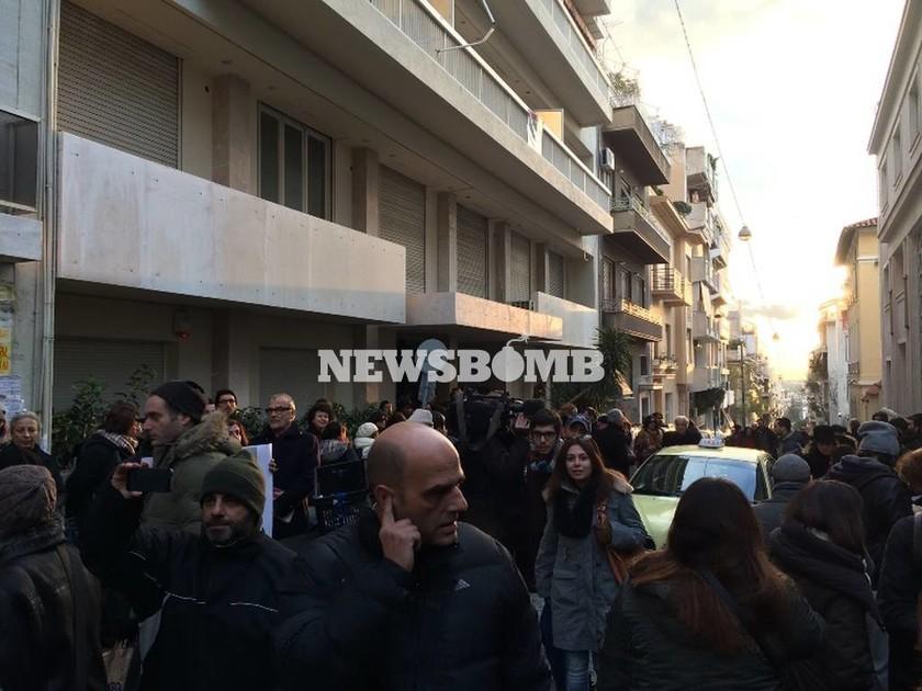 Chalie Hebdo: Συνάντηση συμπαράστασης στο Γαλλικό Ινστιτούτο (Pics)