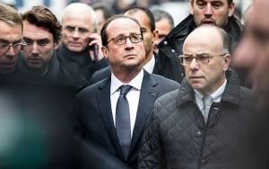 Charlie Hebdo: Ενίσχυση της δημοτικότητας Ολάντ με όπλο την εθνική ενότητα