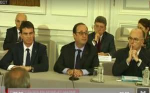 Ολάντ: «Η Γαλλία είναι σε κατάσταση σοκ»