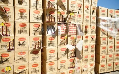 Θα διοχέτευαν στην αγορά 1500 λαθραία πακέτα τσιγάρων