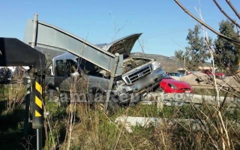 Τροχαίο ατύχημα στα φανάρια της Ξηριώτισσας (Pics&Vid)