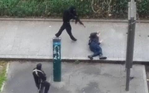 Συλληπητήρια για το μουσουλμάνο αστυνομικό
