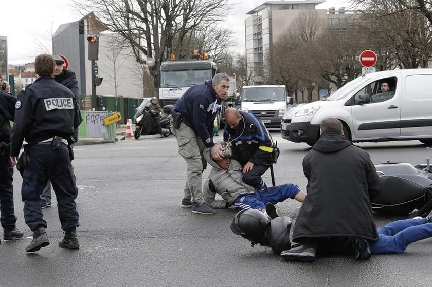 Charlie Hebdo: Οι τρεις μέρες που άλλαξαν τη Γαλλία…