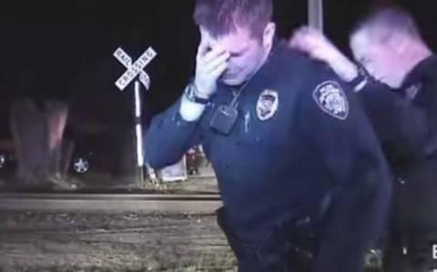 ΗΠΑ: Αστυνομικός ξεσπά σε λυγμούς μόλις συνειδητοποιεί πως σκότωσε άοπλο