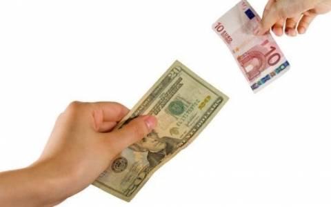 Το ευρώ σημειώνει πτώση 0,59% στα 1,1797 δολάρια