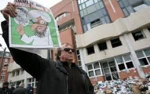 Charlie Hebdo: Σκίτσα του Μωάμεθ στο επόμενο τεύχος του