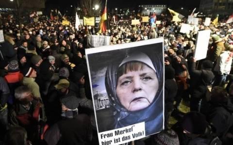 Γερμανία: Διαδηλώσεις υπέρ και κατά του Pegida, στη σκιά του μακελειού στο Παρίσι