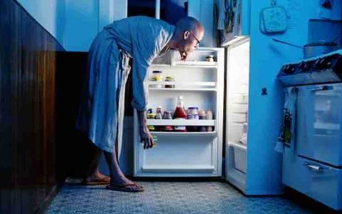 Τι θα βρεις στο ψυγείο ενός fit άνδρα
