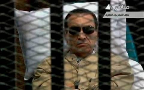 Αίγυπτος: Δεν βγαίνει από τη φυλακή ο Μουμπάρακ