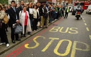 Λονδίνο: «Στάση» λεωφορείων