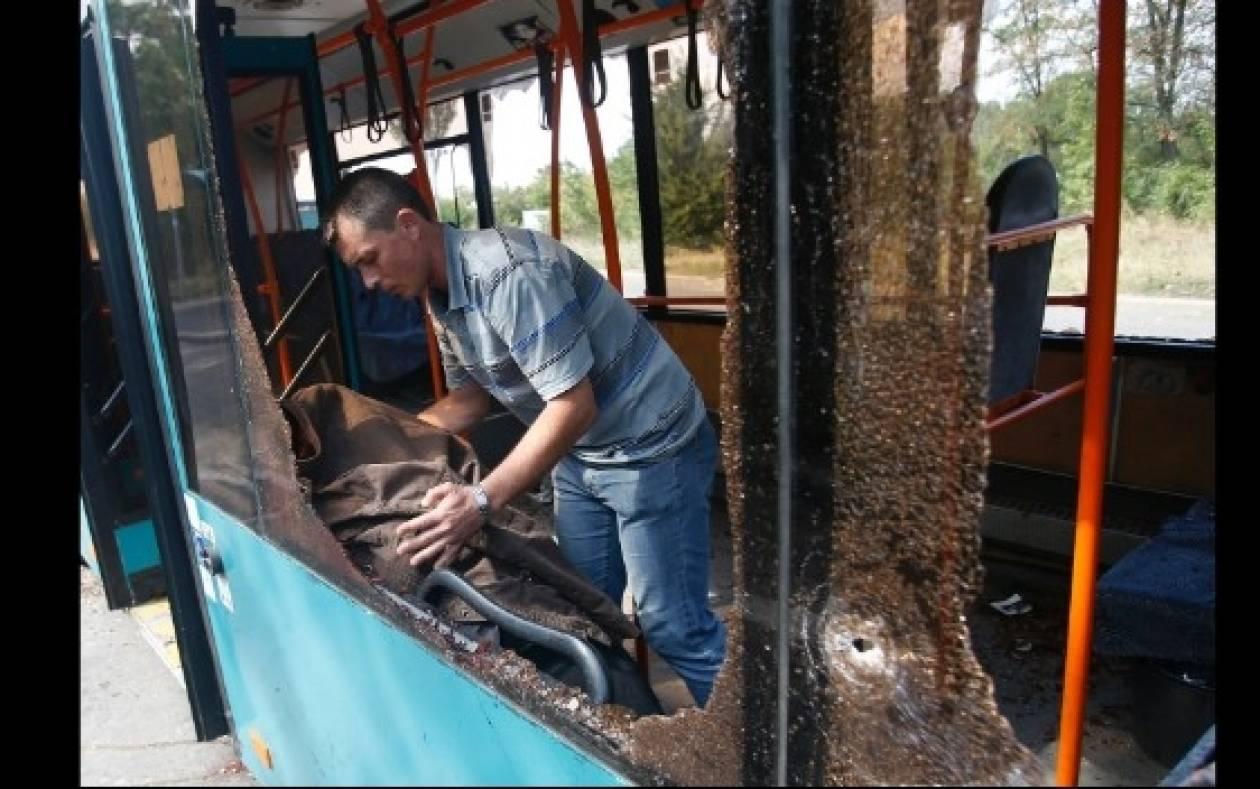 Ουκρανία: Πλήγμα σε λεωφορείο «πήρε» 10 ζωές