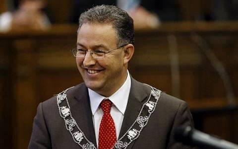 Δήμαρχος Ρότερνταμ σε μουσουλμάνους: Αν δε σας αρέσει η σάτιρα να πάτε να…
