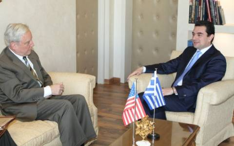 Τον πρέσβη των ΗΠΑ συνάντησε ο υπουργός Ανάπτυξης