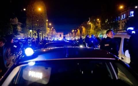 Γαλλία: Αυτοκίνητο έπεσε πάνω σε αστυνομικό