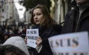 Ολάντ: Μια γυναίκα στο Χαλέπι μπορεί να «είναι κι αυτή Charlie»