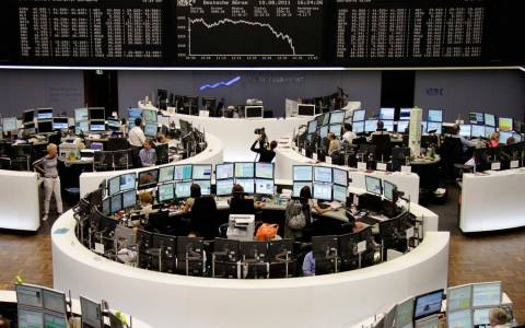 Πέφτει η ελβετική χρηματαγορά, ανεβαίνει το ελβετικό φράγκο