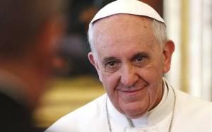 Πάπας Φραγκίσκος: Υπάρχουν όρια στην ελευθερία της έκφρασης
