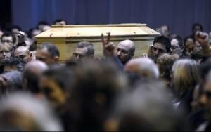 Charlie Hebdo: Το αντίο στον διευθυντή της σατιρικής εφημερίδας