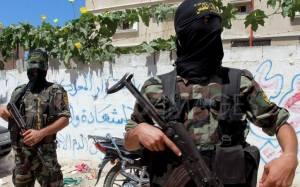 Νέες φωτογραφίες με τζιχαντιστές να εκπαιδεύουν παιδιά στα όπλα