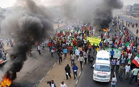 Νίγηρας: Νεκροί και τραυματίες σε διαδήλωση κατά του Charlie Hebdo