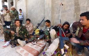 Η Φατζρ Λίμπια συμφώνησε να τηρήσει τη κατάπαυση του πυρός στη Λιβύη