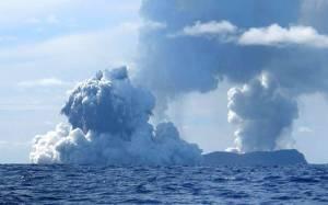 Ηφαιστειακές εκρήξεις δημιούργησαν νησί στον Ειρηνικό! (vid)