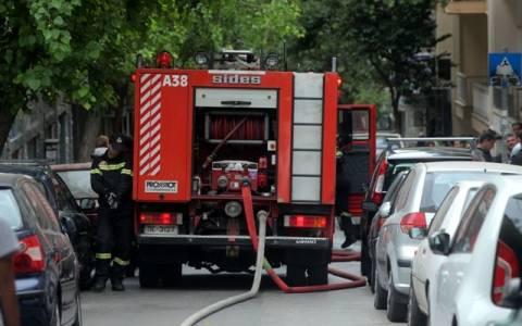 Πυρκαγιά σε οχήματα στην Αιδηψό