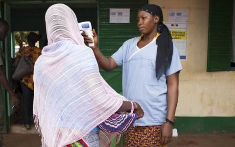 Μάλι: Ο υπουργός Υγείας κήρυξε το τέλος της επιδημίας του ιού Έμπολα