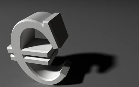 Άνοδος του ευρώ στο ξεκίνημα της εβδομάδας