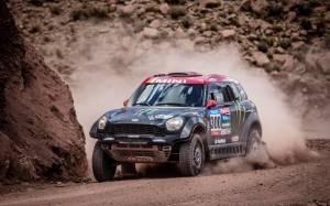 Ράλλυ Dakar 2015: Το ΜΙΝΙ γιορτάζει την τέταρτη συνεχόμενη νίκη