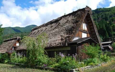 Ogimachi: Σε αυτό το χωριό μπορείς να μείνεις μόνο για ένα βράδυ!