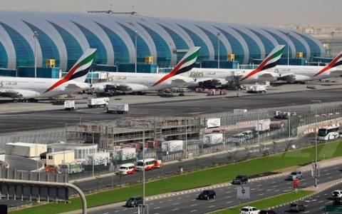 H SUNLIGHT στο διεθνές αεροδρόμιο του Ντουμπάι