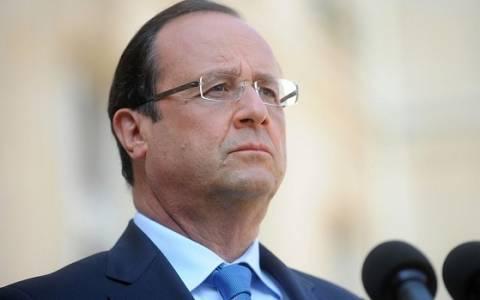 Γαλλία: Επιβραδύνονται οι περικοπές στην άμυνα μετά τις επιθέσεις