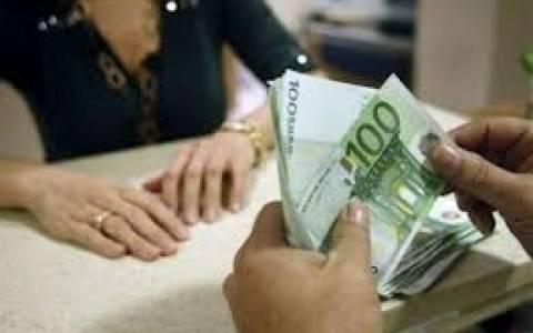 Αγώνας αναλήψεων από τις τράπεζες – Στο 1,8 δις.ευρώ το ποσό των σημερινών εκροών